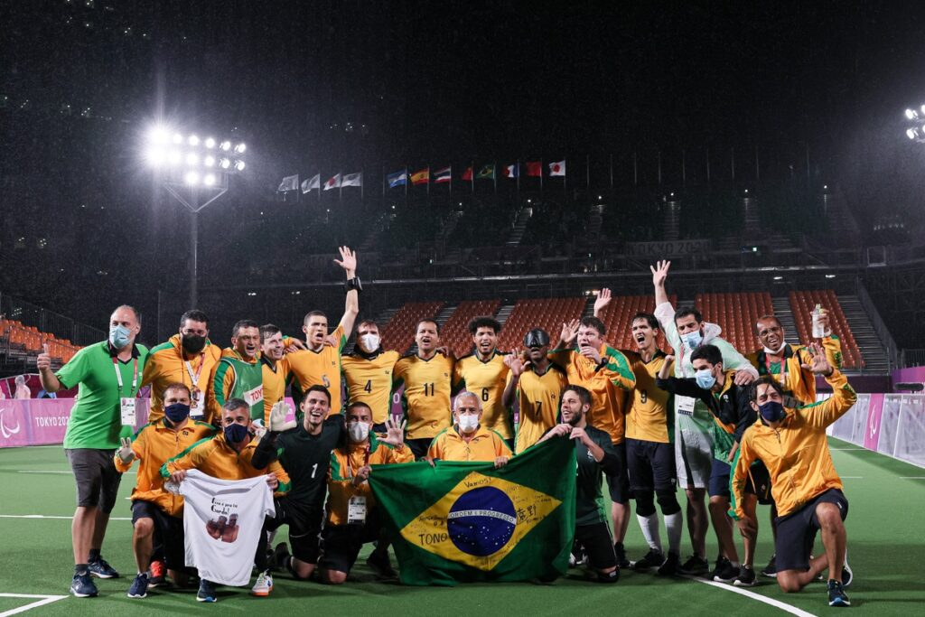 A photo of the Brazilian team after winning their fifth Paralympic gold